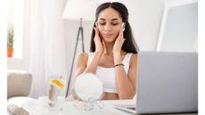 Manfaat Pakai Skincare Rutin bagi Kesehatan Mental