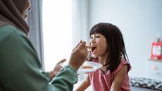 Daftar Makanan yang Membuat Anak Bodoh dan Terlambat Berkembang (Foto: Canva)