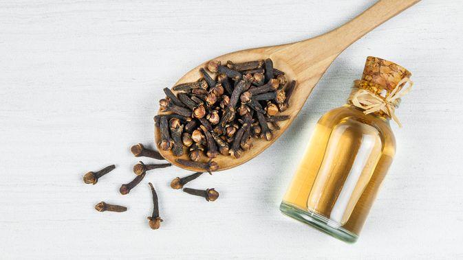 Manfaat Minyak Cengkeh Untuk Kesehatan Tubuh