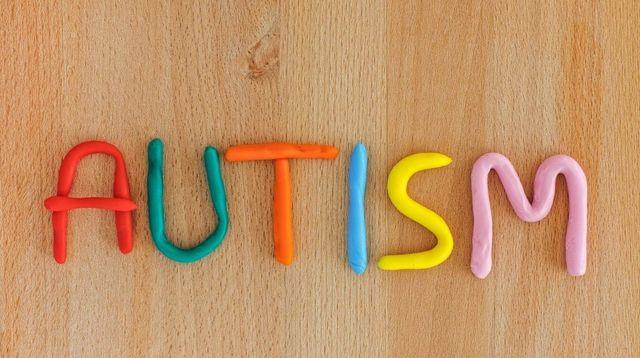 Kenapa Anak dengan Autisme Biasanya Pintar? Ini Faktanya!