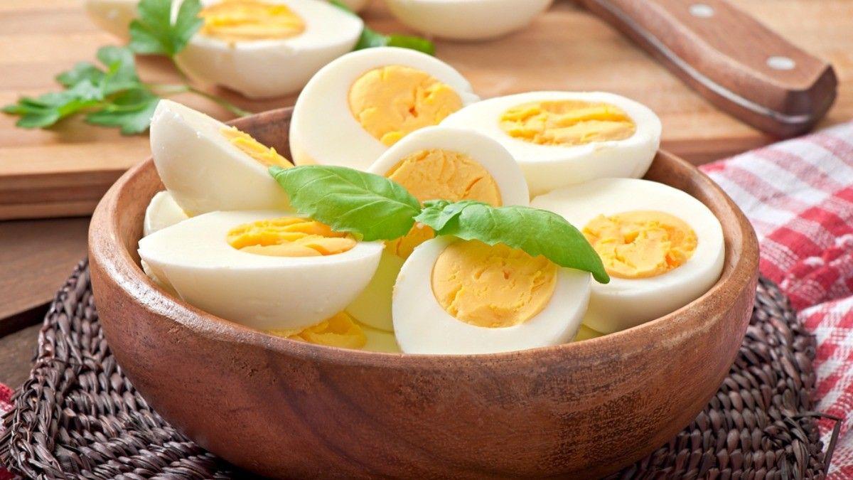 Penderita Kolesterol Tinggi Makan Telur, Apa Boleh?