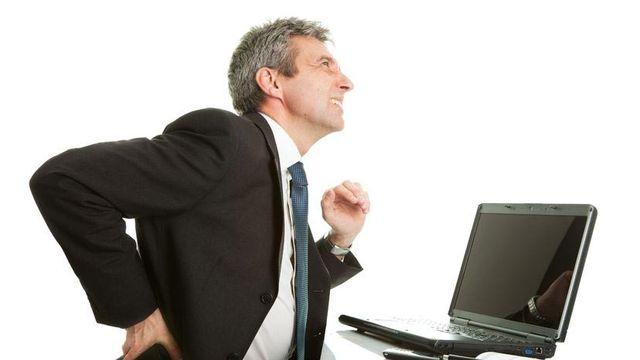 Tip Cegah Nyeri Pinggang di Kantor