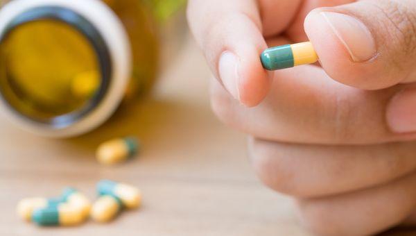 3 Obat Lambung Ini Tak Boleh Dikonsumsi Berkepanjangan