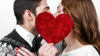 5 Manfaat Sering Ciuman untuk Kesehatan