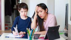 Cara Mengatasi Stres bagi Ibu Rumah Tangga saat Pandemi