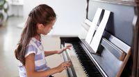 Ini Alasannya Mengapa Anak Perlu Les Piano (Africa-Studio/Shutterstock)