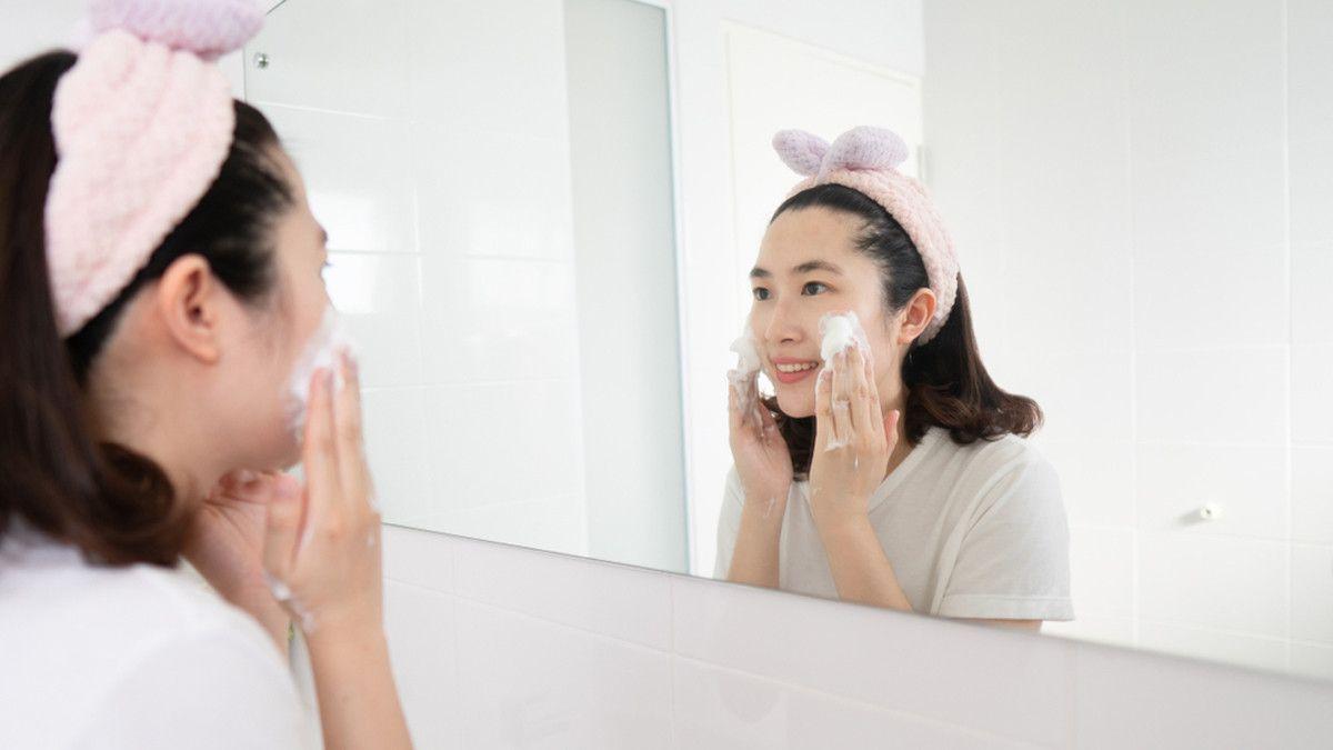 10 Tips Perawatan Wajah Di Usia 20 Tahun Apa Saja