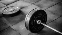 Bahaya Olahraga Angkat Beban Menggunakan Penis