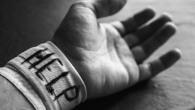 Jika 10 Tanda Self Harm Ini Muncul Segera Cari Bantuan