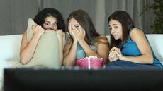 Sisi Positif Nonton Film Horor