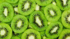 Segudang Manfaat Kiwi untuk MPASI Bayi dan Tips Menyajikannya