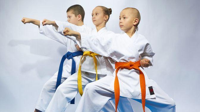 10 Manfaat Olahraga Bela Diri Untuk Anak