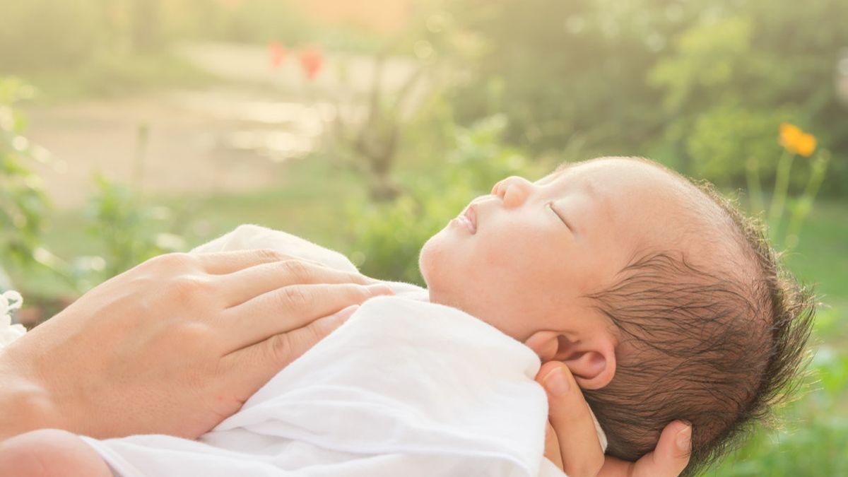 Waktu yang Tepat untuk Menjemur Bayi, Jam Berapa ?