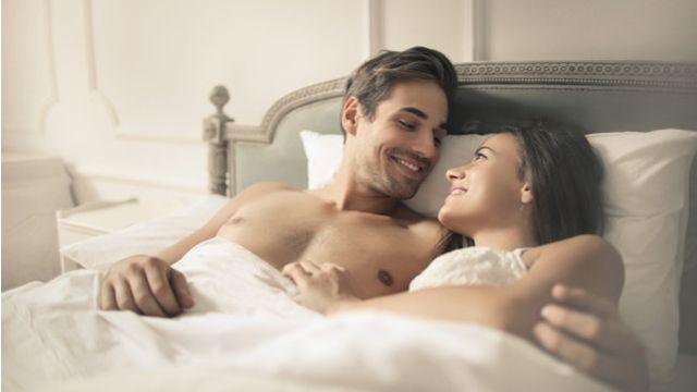 Ilustrasi Kendalikan Diri dengan Pasangan