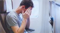 5 Cara Ampuh Atasi Rasa Takut Naik Pesawat (Ditty About summer/Shutterstock)