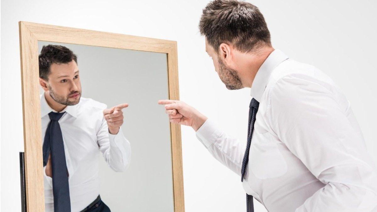 7 Manfaat Sehat Berbicara dengan Diri Sendiri