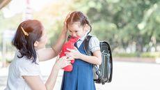 Cara Menyampaikan Kritik secara Tepat kepada Anak