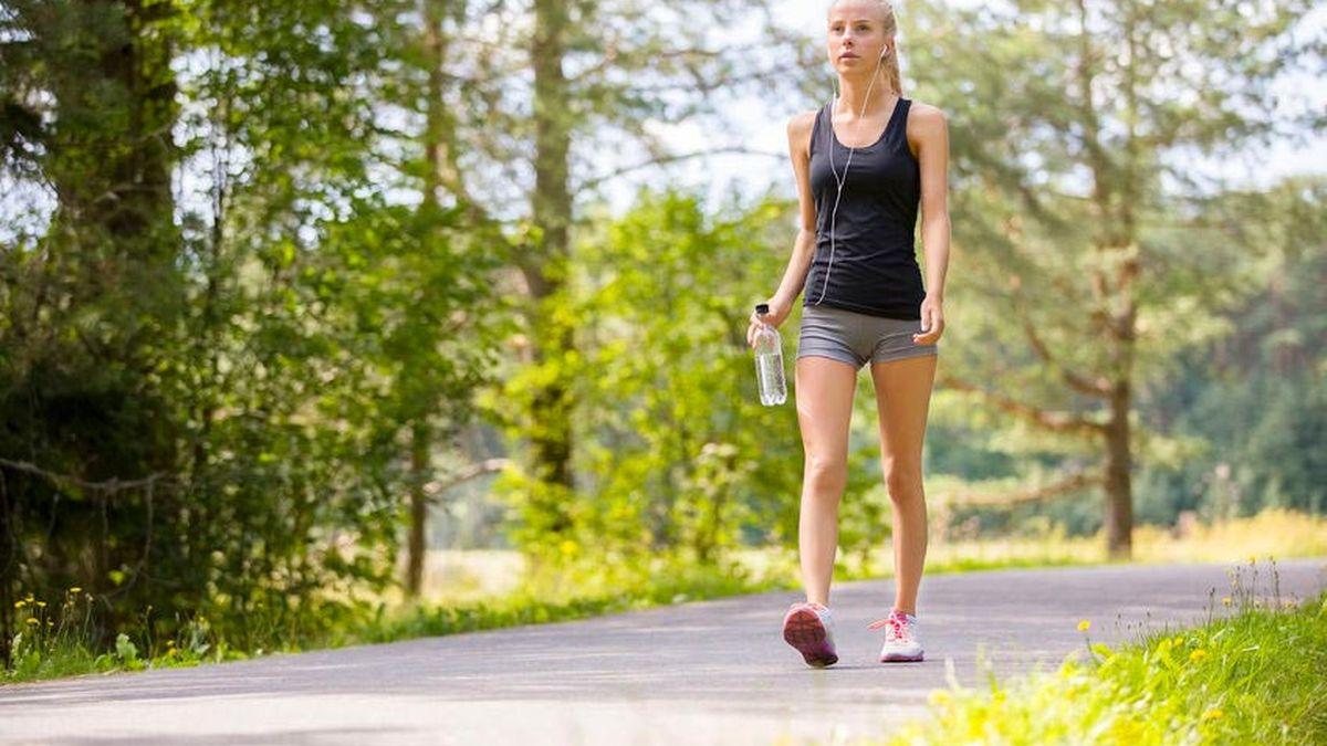 Manfaat Olahraga Berjalan Kaki Bagi Kesehatan Tulang - Spesialis Klikdokter.com