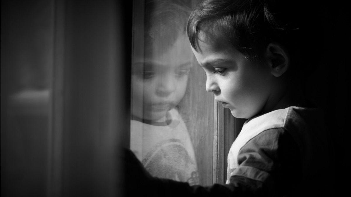 Jangan Biarkan Anak Anda Murung Di Kamar Sendirian