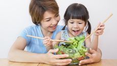 Cara Tepat Dukung Perkembangan Otak Anak (Paulaphoto/Shutterstock)