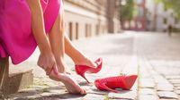 Nyeri Sendi Akibat Pemakaian Sepatu Hak Tinggi