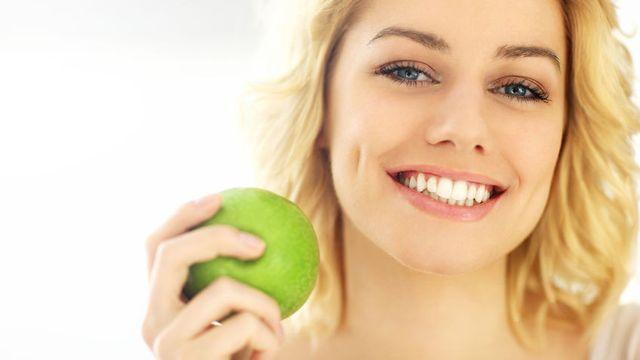 061144100 1543921343 Bangkitkan Mood Anda dengan Makanan Ini By Kamil Macniak 123rf - Vitamin C yang Unik untuk Kesehatan