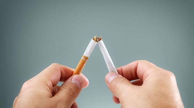 3 Makanan Ini Bisa Hentikan Kebiasaan Merokok