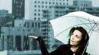 6 Kiat Bebas Diare saat Musim Hujan (Studio 37/Shutterstock)