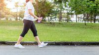 Jalan Kaki, Olahraga Sederhana yang Bikin Panjang Umur