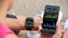Ketagihan Pakai Fitness Tracker, Ini Efek Buruknya!