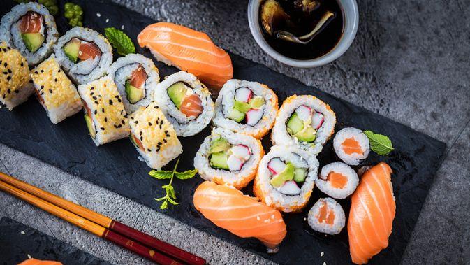 Tak Cuma Lezat Ini 8 Manfaat Sushi Bagi Kesehatan