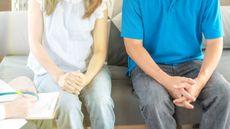Mengenal Lebih Jauh Terapi Seks untuk Suami Istri