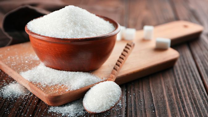 Efektif Ini Cara Menghilangkan Ketombe Dengan Gula