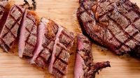 Ibu Hamil Makan Steak Sirloin dan Tenderloin