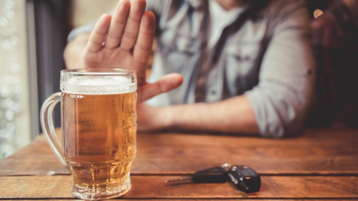 5 Hal yang Terjadi Saat Anda Berhenti Minum Alkohol - Info Sehat  Klikdokter.com