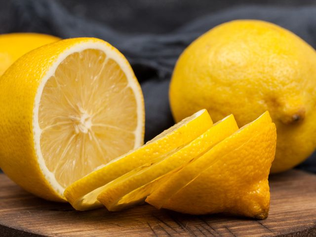 Apa Saja 8 Manfaat Tak Terduga dari Lemon?