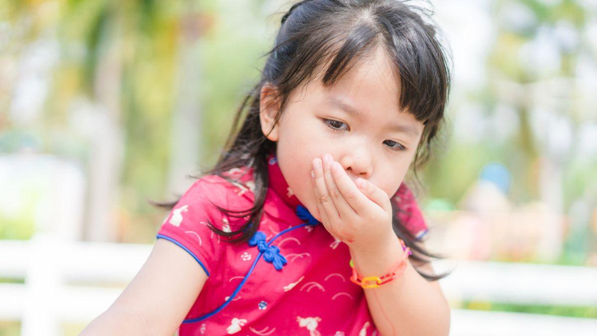 8 Cara Mengatasi Anak Muntah Di Rumah Jangan Panik