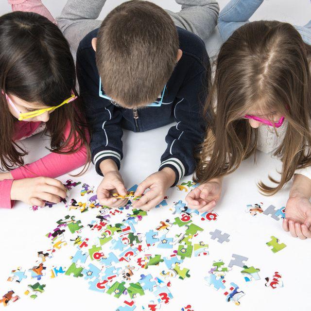 Manfaat Bermain Puzzle Untuk Kecerdasan Otak Anak