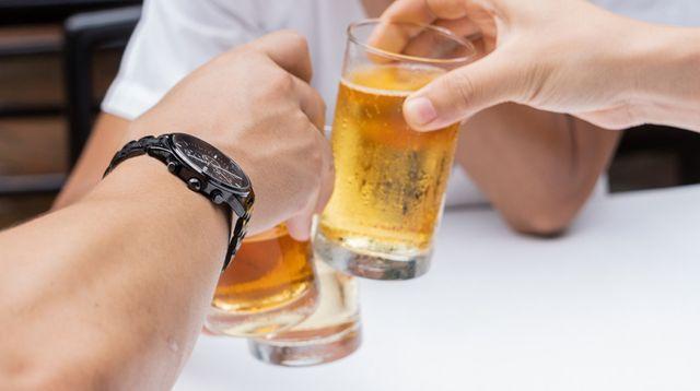 Fakta di Balik Mitos Keliru seputar Minuman Beralkohol