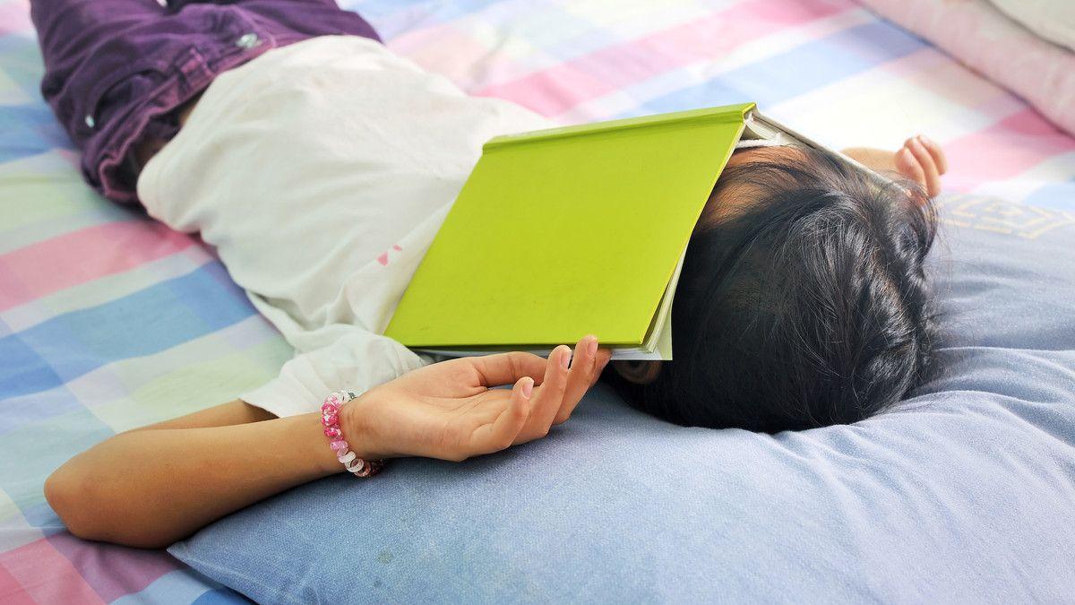 Sekolah Online Membosankan? Ini Trik Anak Tetap Semangat