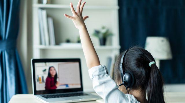 Anak Lebih Nyaman Sekolah Online, Bisa Jadi Ini Alasannya!