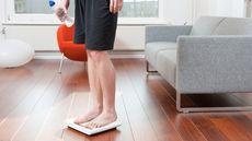 Mengetahui Berat Badan Ideal Berdasarkan Tinggi dan Umur (Luc Ubaghs/Shutterstock)